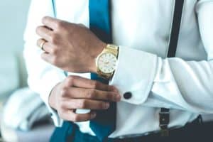 Be appropriately dressed when you meet clients - Frugal Reality